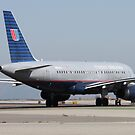 N839 United Airlines Plane by Laurie Puglia