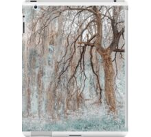 Secret Life of the Willow Tree. Nature in Alien Skin iPad Case/Skin