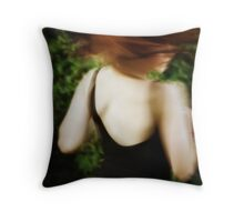 Loves to dance Throw Pillow