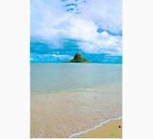 Chinaman's Hat island, east shore , Oahu, Hawaii, USA T-Shirt