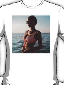 Summer Girl in the Sun  T-Shirt