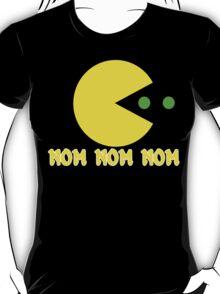 NOM NOM NOM PAC MAN Funny Geek Nerd T-Shirt