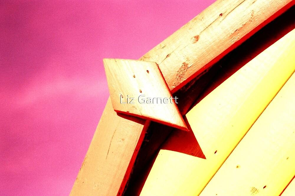 Whitstable Beach Abstract - UK577/37 - www.lizgarnett.com by Liz Garnett