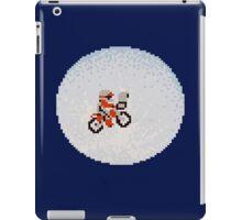 UNIVERSAL PIXELS iPad Case/Skin