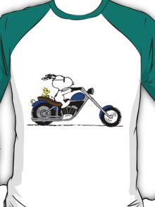 Snoopy on the road T-Shirt