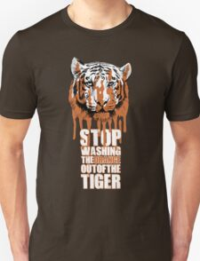 White Tiger Fraud (For Dark Backgrounds) T-Shirt