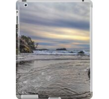 FLOWING IN iPad Case/Skin