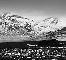 Drumochter - Retreating Snows by Kevin Skinner