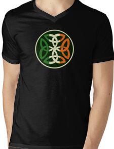 Irish Knot Mens V-Neck T-Shirt
