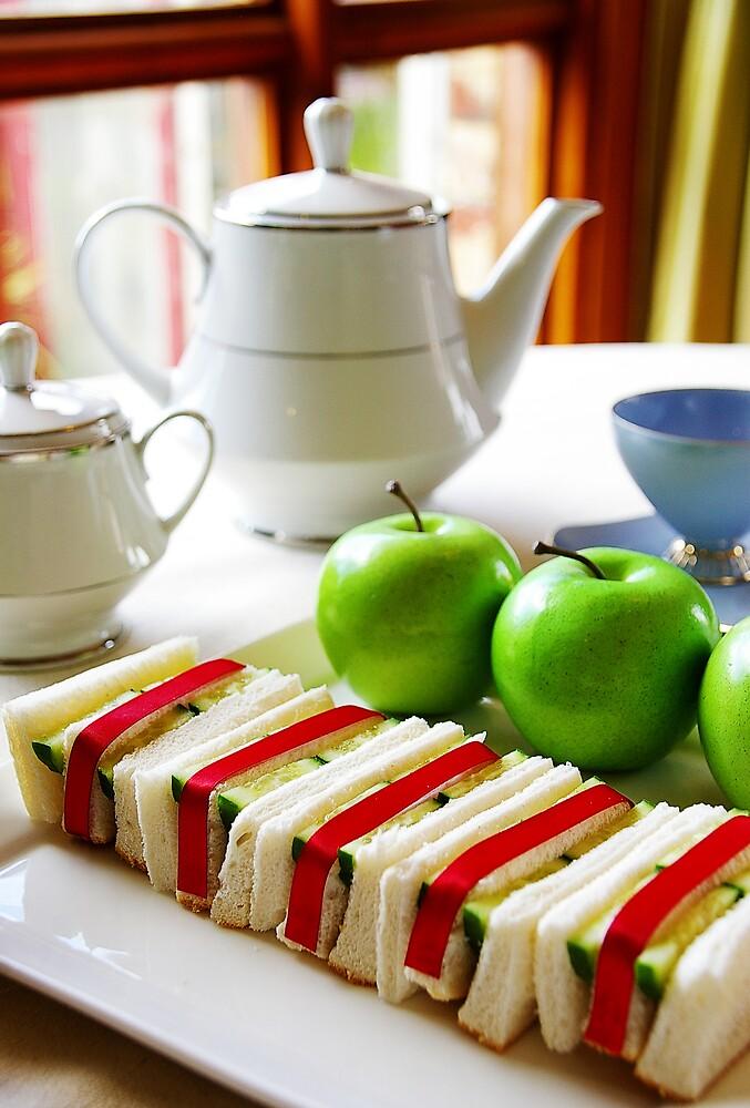 Tea Party by housenbaby