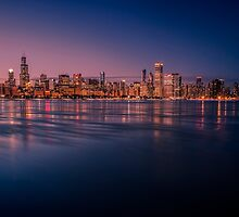 Chicago Skyline with reflections at dusk by Sven Brogren