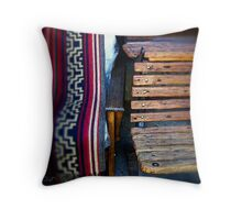 Historia y Tradición Throw Pillow