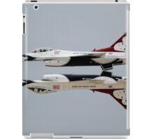 Thunderbirds - USAF US Air Force Display Team - Great Aviation Aerial Photo iPad Case/Skin