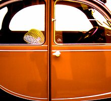 2CV Orange by Daniel Sorine