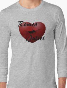 Romeo+Juliet broken heart Long Sleeve T-Shirt