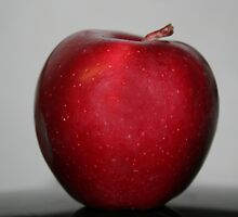 Red apple by Linda Sannuti