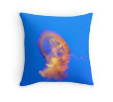 jelly in slow-mo Throw Pillow