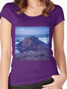 Giant's Causeway I Women's Fitted Scoop T-Shirt