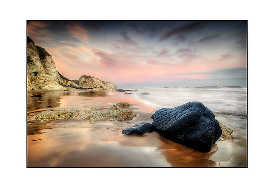 Black rock on White rocks Beach by jimfrombangor