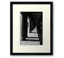Caracas, en sombras Framed Print