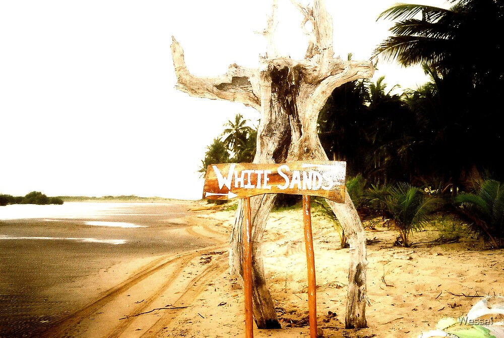 White Sands, Praia de Barra, Moçambique by Wessel
