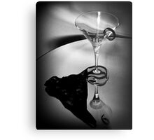 007's Glass Charm Metal Print