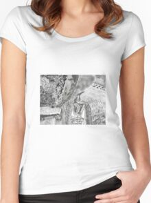 Kitty in the brush Women's Fitted Scoop T-Shirt