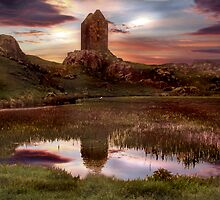 Smailholm Sunset by Colin Cartwright