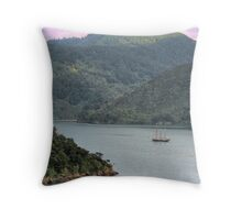 Discovering New Zealand Throw Pillow