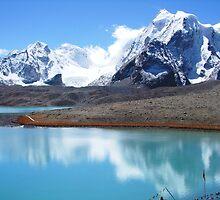 Gurudongmar Lake by Vinay Rathore