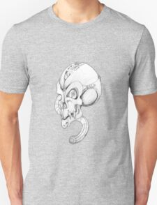 Mechanon-metal skull. T-Shirt