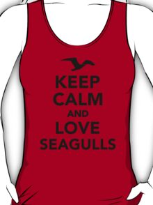 Keep calm and love seagulls T-Shirt