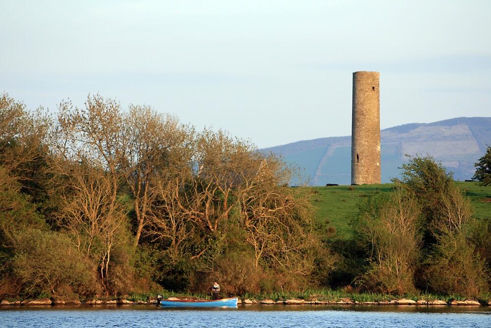 Inniscealtra round tower by John Quinn