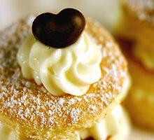 Biscuit D'Amandes by SmoothBreeze7