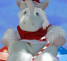 Christmas Huggles by FaeryHuggles