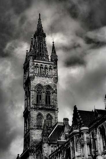 Glasgow University Tower by Linda  Morrison