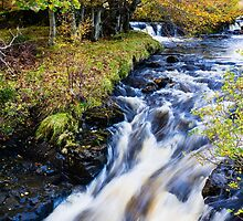 Glenbrittle Waterfall by mlphoto