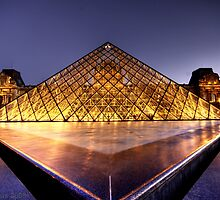 The Louvre by Dean Symons