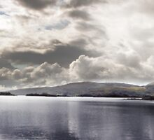 Lake in Connemara by ziko
