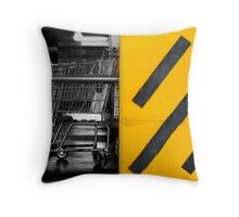 urb underground Throw Pillow