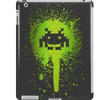 Space Blotch (Green ver.) iPad Case/Skin