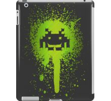 Space Blotch (Green ver.) iPad Case/Skin