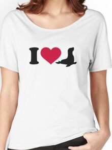 I love Seals Women's Relaxed Fit T-Shirt
