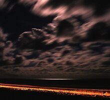 Teewah Beach by Night by Steven  Lippis