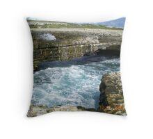 crashing rocks Throw Pillow