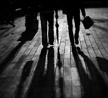 walk@night by Victor Bezrukov