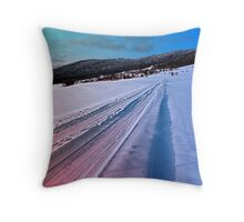 Path up to the mountains in winter time | landscape photography Throw Pillow