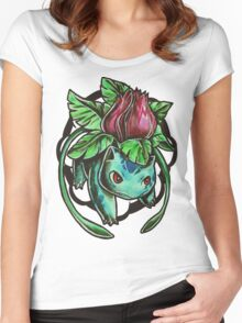 Ivysaur Women's Fitted Scoop T-Shirt