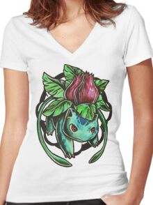 Ivysaur Women's Fitted V-Neck T-Shirt