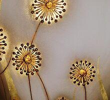 GOLD ALLIUM #1 by LacewingDesign